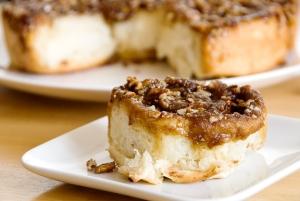 sticky-cinnamon-buns12